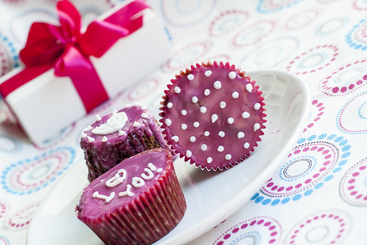 walentynkowe muffiny czekoladowe z wiśniami