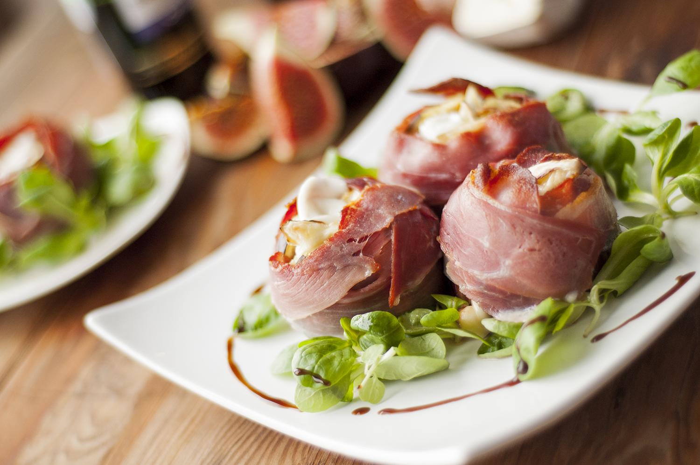figi z kozim serem i szynką parmeńską